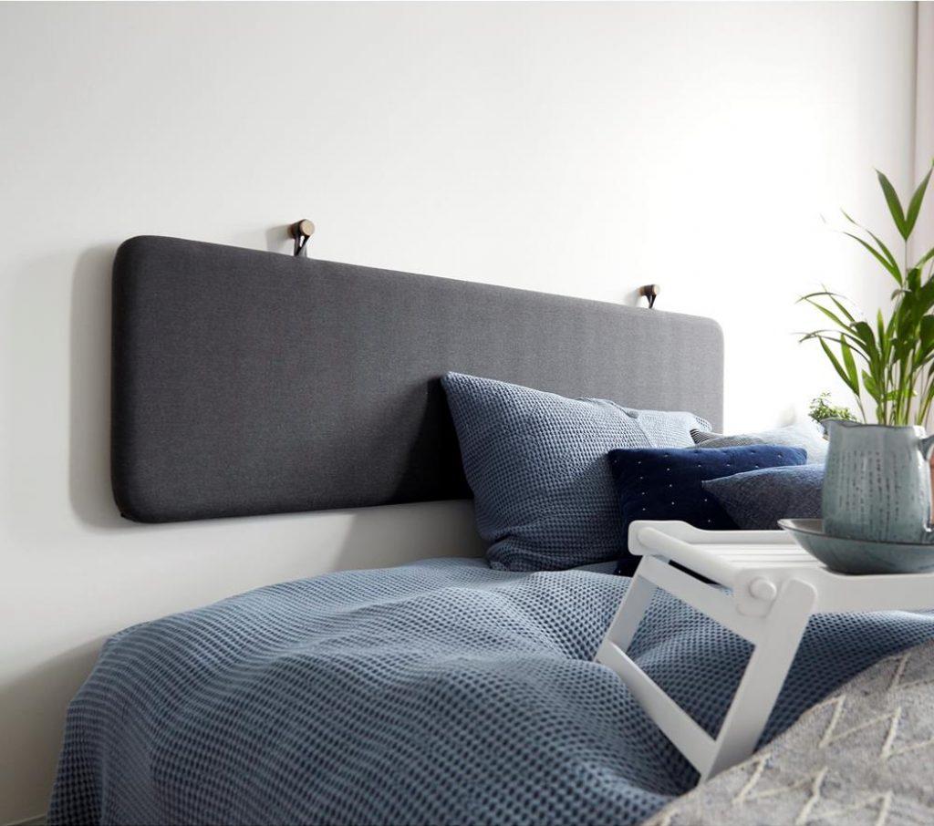 Væghængt sengegavl fra Ilva i stof - 180cm